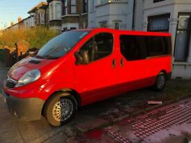 VAUXHALL VIVARO TRAFIC TRAFFIC LONG WHEEL BASE LWB 9 SEATER RED PCO MINIBUS SATNAV 61 2011 DIESEL