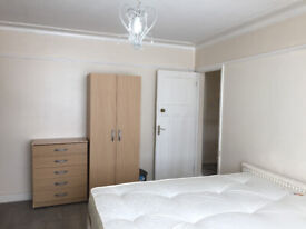 NO DEPOSIT DOUBLE ROOM FOR RENT IN BOW /MILE END ZONE -2