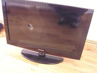 "Samsung 32"" Flat Screen TV for Spares or Repair"