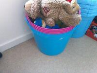 Toy Box / Tub