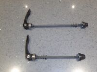 Quick release skewers – front and rear