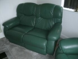 LA-Z-BOY GREEN LEATHER SOFA & CHAIR ALL RECLINERS