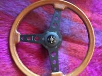 Classic race steering wheel