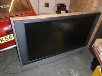 60 INCH SONY BIG BACK TV, SILVER, WORKING ORDER