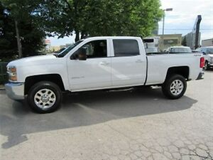 2015 Chevrolet SILVERADO 3500HD Crew Cab 4x4 Gas Short Box LT lo
