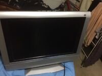 "19"" TV/monitor, acoustic solutions with remote control"
