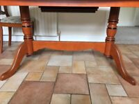 Extendable Kitchen table with 4 chairs and matching cabinet and display table