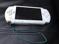 Psp white 1000 original - games charger memory card