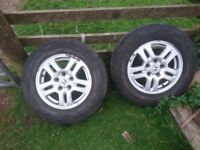 Honda alloys and tyres 15 inch £60
