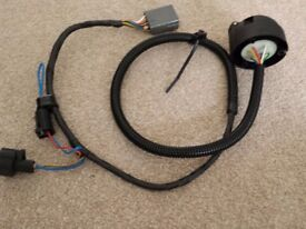 Land Rover Defender 12N potted towing harness, new