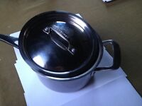 Le Creuset 3-Ply Stainless Steel Saucepan and Lid