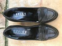 Ladies Black Leather Office Shoes