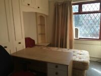 One single bedroom to let in Manchester Fallowfield