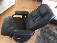 Massaging chair