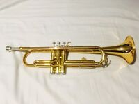 Trumpet - Yamaha YTR1335, gold colour, excellent condition, with hard case and mouthpiece