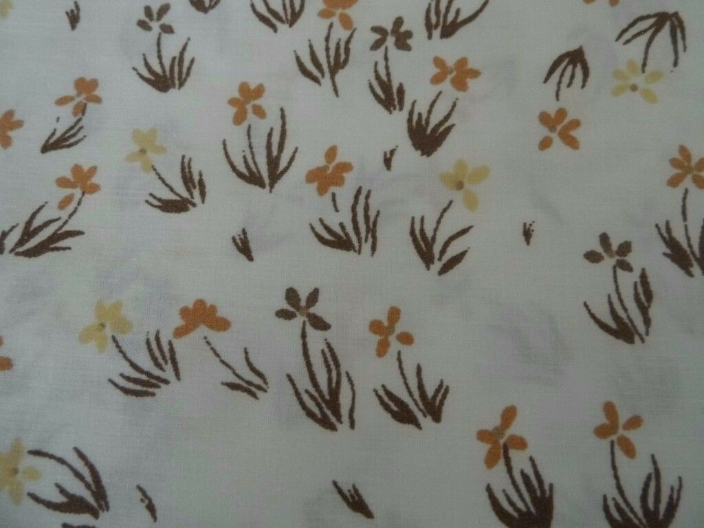 TWO SETS VINTAGE 1970s CREAM BROWN DITSY SINGLE QUILT COVERS & 2 PILLOWCASES
