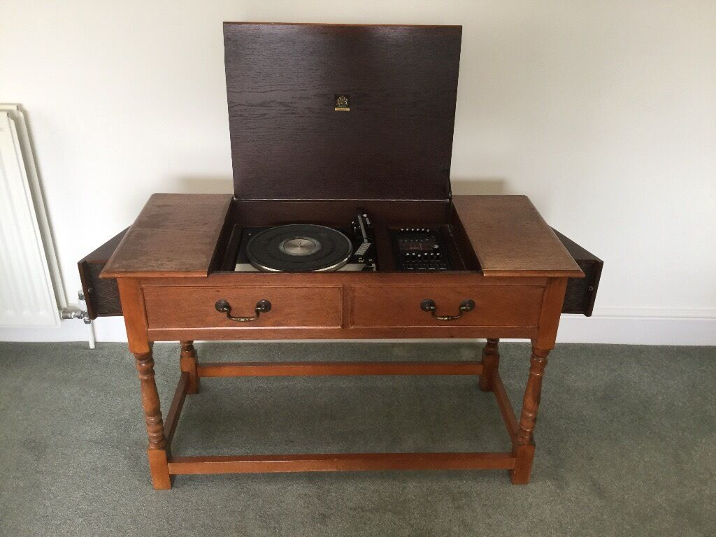 Vintage 1970s Dynatron RG95 record player with 3 speed Garrard ...