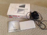 Nintendo DS lite white handheld games console