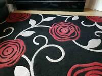 Large Luxury Rug 160 x 230 cm