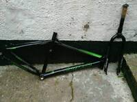 Carrera Subway frame and forks