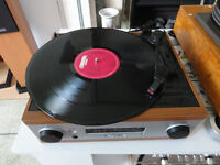 record player Built in Stereo Amplifier Radio twin speakers