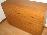 Seven drawers chest