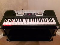 YAMAHA EZ -150 ELECTRONIC KEYBOARD