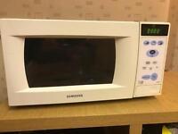 Samsung Basic white Microwave
