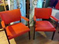 Vintage 1960s henderson Walnut and vinyl chairs: Canadian made!