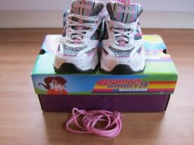 Skechers Childs Skecher Trainers size 10.5/11 Brand New In Box With All Tags