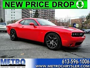2016 Dodge Challenger R/T LOW MILEAGE & LOADED