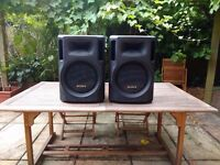 Sony 900w PA speakers (pair) + Numark Amplifier
