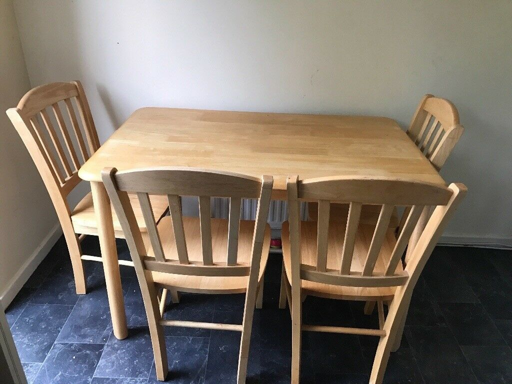 High Quality Dining Table With Chairs Made In Malaysia