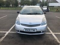 Toyota Prius T Spirit Hybrid. LONG MOT, Very Beautiful to Run , Clean In/Out