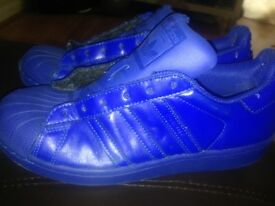 Adidas colours size 4