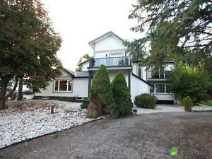 $799,900 - Country home for sale in Komoka