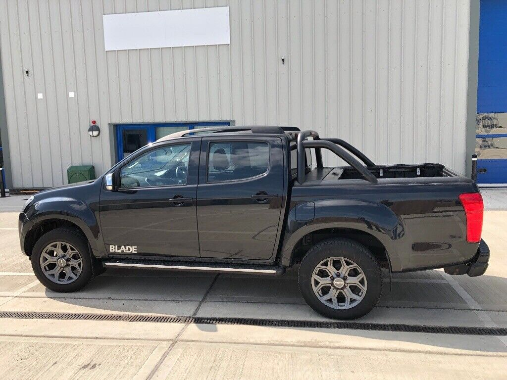 ISUZU D-MAX BLADE 4x4,AUTOMATIC,BLACK,85k MILES,NO VAT | in Lowestoft,  Suffolk | Gumtree