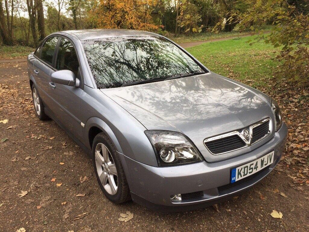 Diesel Vauxhall Vectra 1.9 CDTi MOT November 2018, Service History