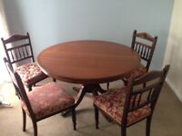 Round dining table Only