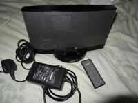 BOSE SOUND DOCK SERIES 2 WITH 4GB IPOD IN EXCELLENT CONDITION AND FULLY WORKING