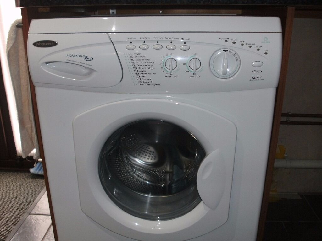 Hotpoint 6kg Washing Machine in excellent condition with manual