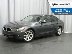 2013 BMW 3 Series 328i xDrive Navigation & Premium Package!