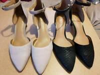 Clarks Size 7 Artisan low heel