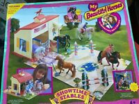 Horse stables play set and trailer bnib