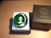 Baccaret princess anne paperweight