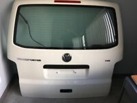 VW T5 T5.1 TRANSPORTER CARAVELLE MULTIVAN TAILGATE IN WHITE R902 COMPLETE VGC IDEAL FOR CONVERSION