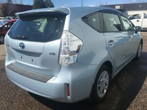 2012 Toyota Prius V HYBRID *BLUETOOTH* Kitchener / Waterloo Kitchener Area image 5