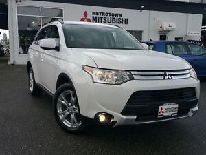 2015 Mitsubishi Outlander ES PREMIUM 4WD; Certified Pre-owned!