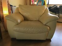 Leather armchair - pale yellow