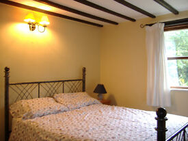Comfortable Double Room in Cosy Cottage